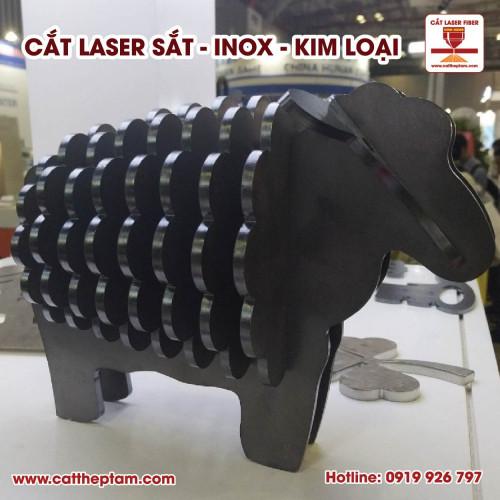 Cắt laser sắt gia công sắt mỹ thuật, hoa văn phức tạp