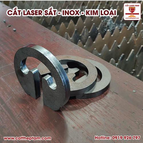 CNC Vĩnh Hưng cắt laser sắt kim loại thành phẩm đẹp, chính xác cao