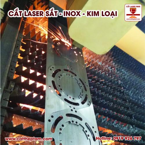 Cắt laser inox dày sản xuất chi tiết máy gia công cơ khí chính xác
