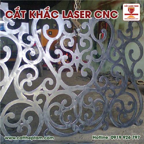 Gia Công Khắc, Cắt Laser CNC
